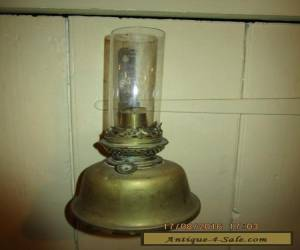 Antique Brass wall mounted Oil Lamp / Antique Brass wall sconce Oil Lamp in VGC for Sale