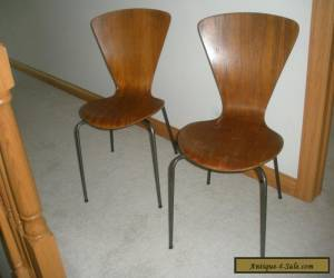 2 VINTAGE SIDE CHAIRS IN STYLE OF ARNE JACOBSEN SCANDINAVIAN MID-CENTURY MODERN for Sale