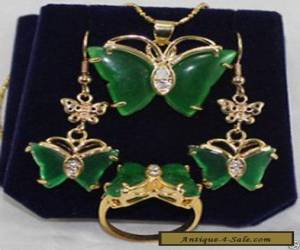 BEAUTFUL GREEN JADE BUTTERFLY EARRINGS RINIG NECKLACE SETS for Sale