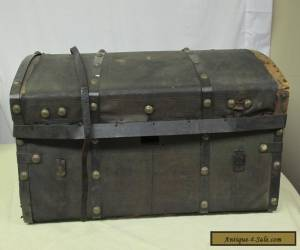 1800s Antique Victorian Tooled Leather Stagecoach Trunk Chest Brass Buttons for Sale