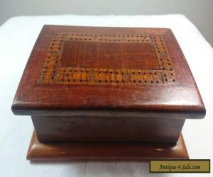 VINTAGE CRIBBAGE BOARD WOODEN GAME TRINKET JEWELLERY BOX 1931 WOOD ART DECO for Sale