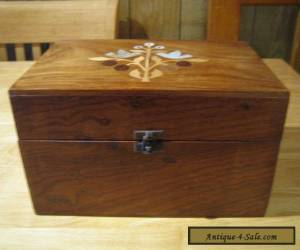 BEAUTIFUL  LARGE  INLAID  WOODEN JEWELL / TRINKET BOX IN  VERY  GOOD CONDITION for Sale