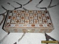 VINTAGE FOLK ART INLAID WOOD BACKGAMMON CHECKERS RECTANGULAR BOX