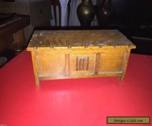 VINTAGE OAK MUSICAL JEWELRY BOX  for Sale