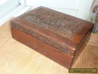 ANTIQUE / VINTAGE WOODEN TABLE / JEWELLERY BOX WITH CARVED BIRDS DETAIL.
