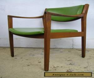 Gunlocke Mid Century Danish Modern Walnut Lounge Arm Chair for Sale
