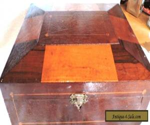 Antique Shaker style WOODEN BOX WITH INLAND WOOD for Sale